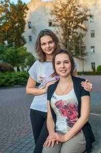 Anna& Marya Muzychuk (1)